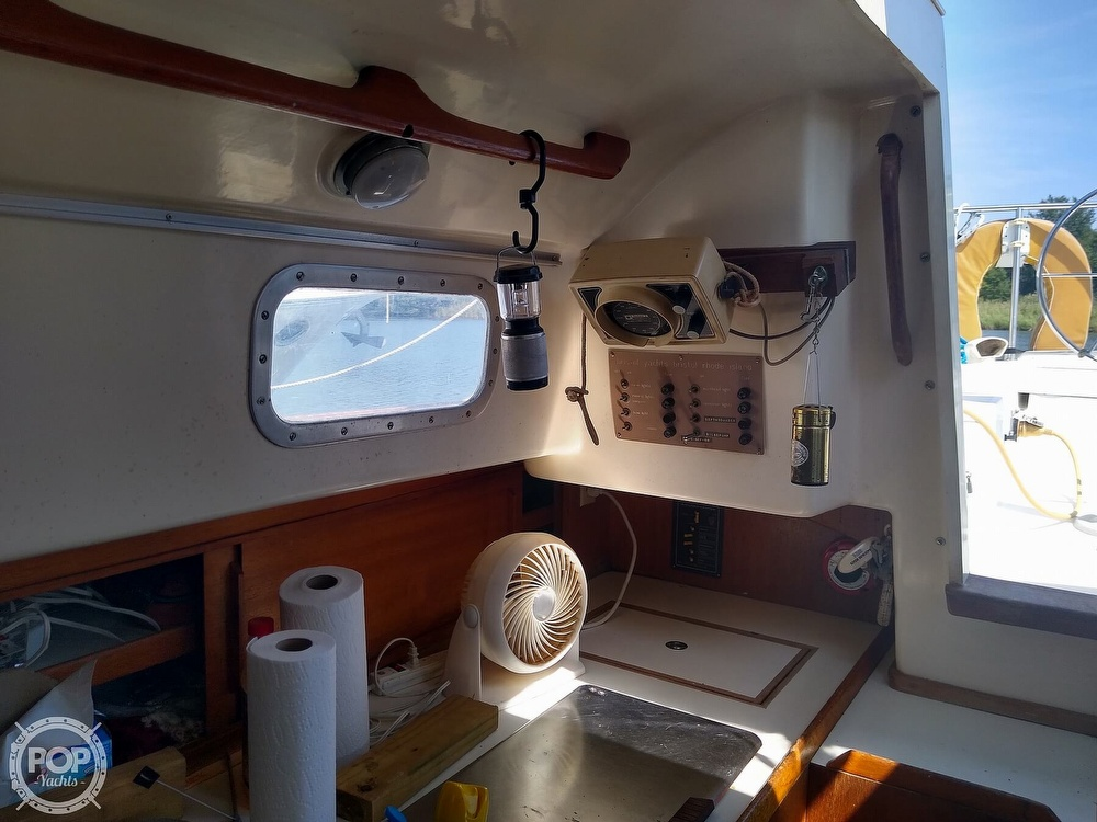 1979 Bristol boat for sale, model of the boat is 29-9 & Image # 16 of 41