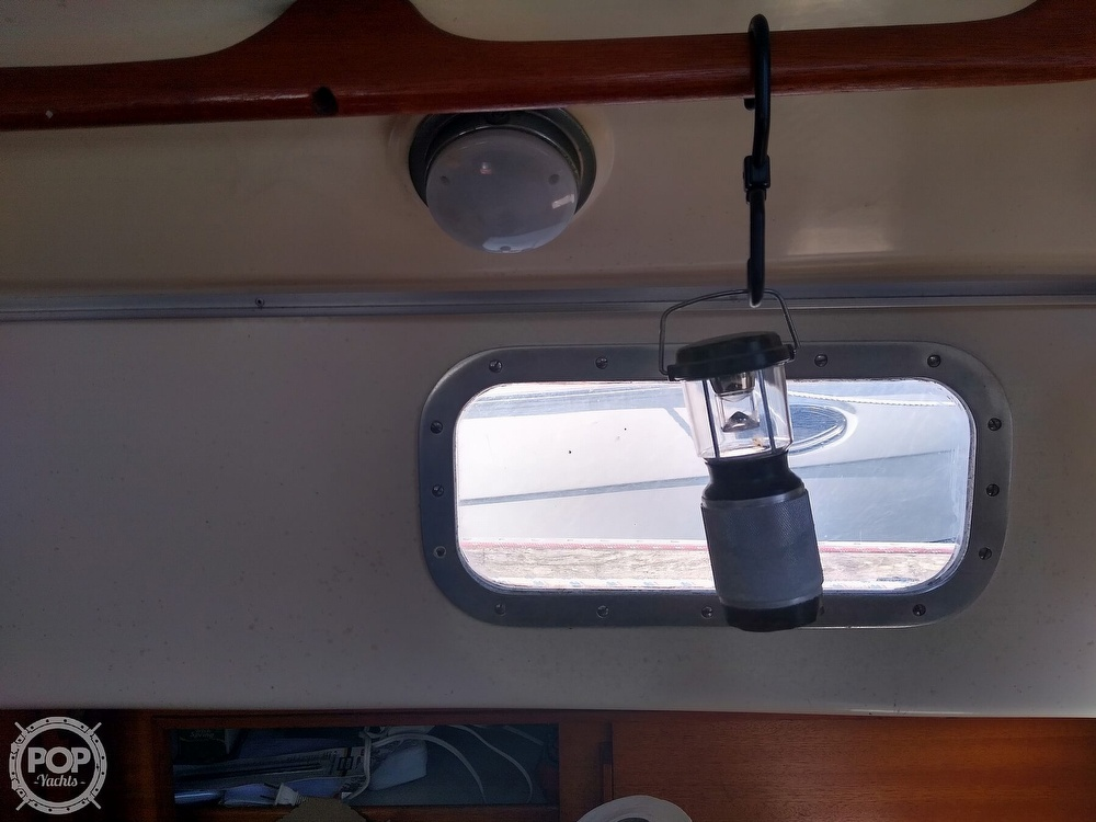 1979 Bristol boat for sale, model of the boat is 29-9 & Image # 39 of 41