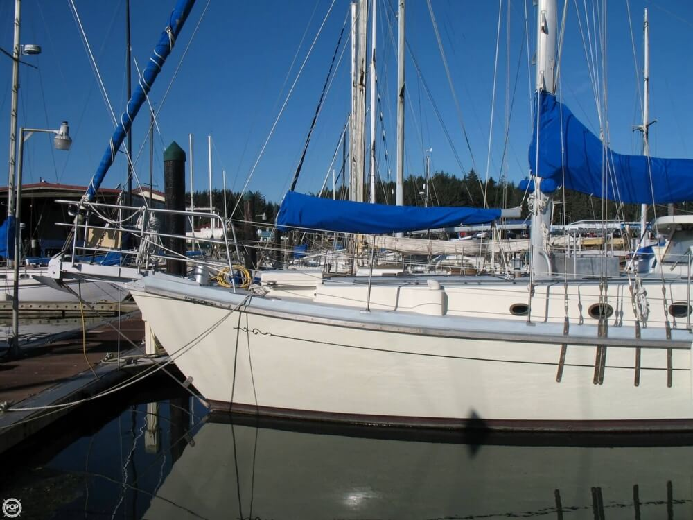 2004 Custom boat for sale, model of the boat is 47 & Image # 18 of 40