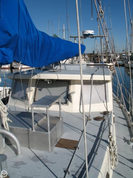 2004 Custom boat for sale, model of the boat is 47 & Image # 21 of 40
