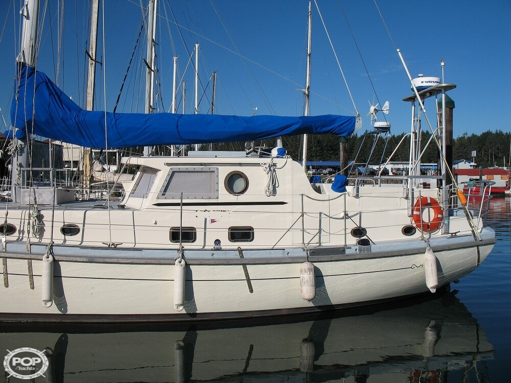 2004 Custom boat for sale, model of the boat is 47 & Image # 10 of 40