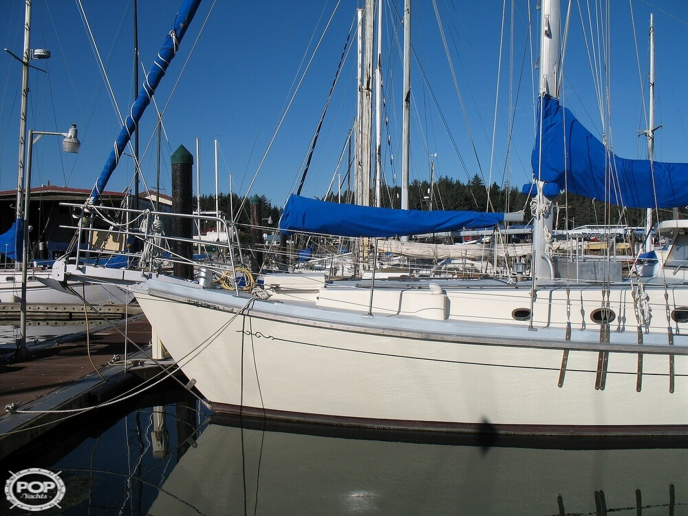 2004 Custom boat for sale, model of the boat is 47 & Image # 11 of 40