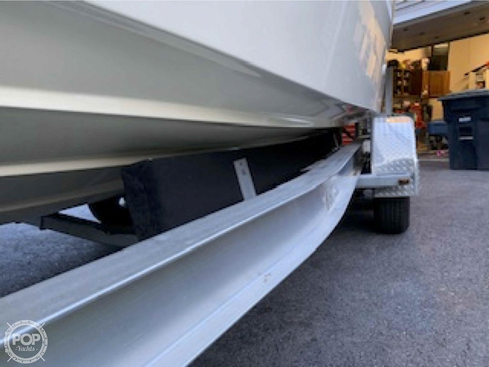 2001 Maxum boat for sale, model of the boat is 2400 SCR & Image # 17 of 40