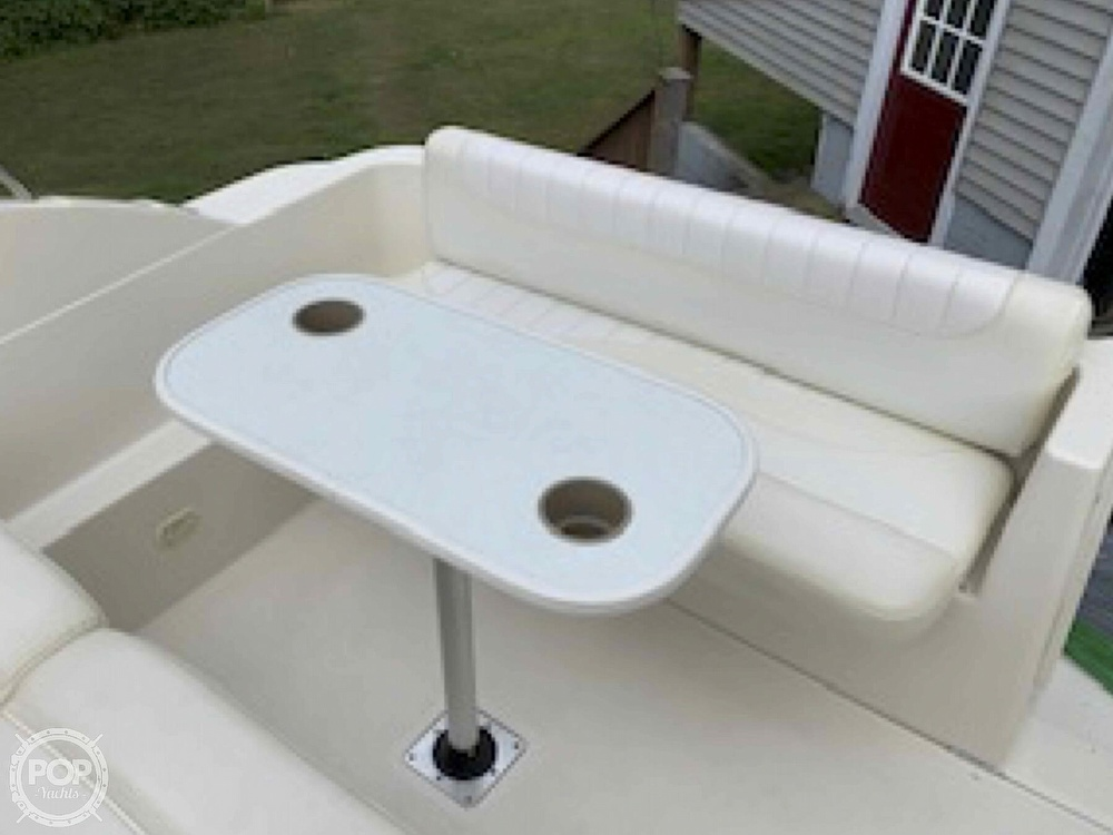 2001 Maxum boat for sale, model of the boat is 2400 SCR & Image # 28 of 40