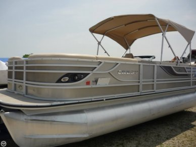Top Crest boats for sale