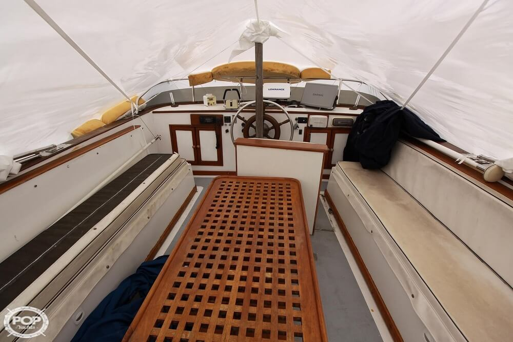 1982 Yehasso boat for sale, model of the boat is Adams 42 & Image # 7 of 40