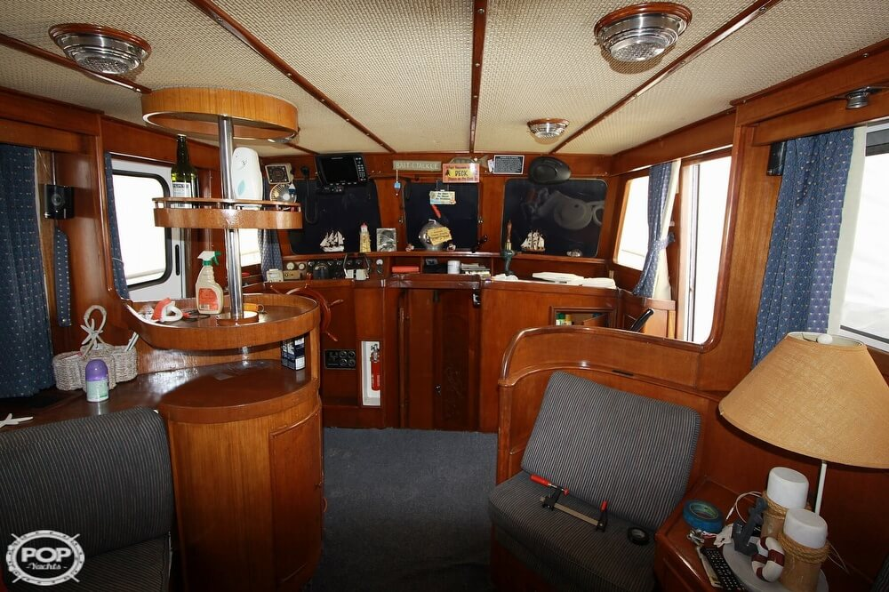 1982 Yehasso boat for sale, model of the boat is Adams 42 & Image # 9 of 40