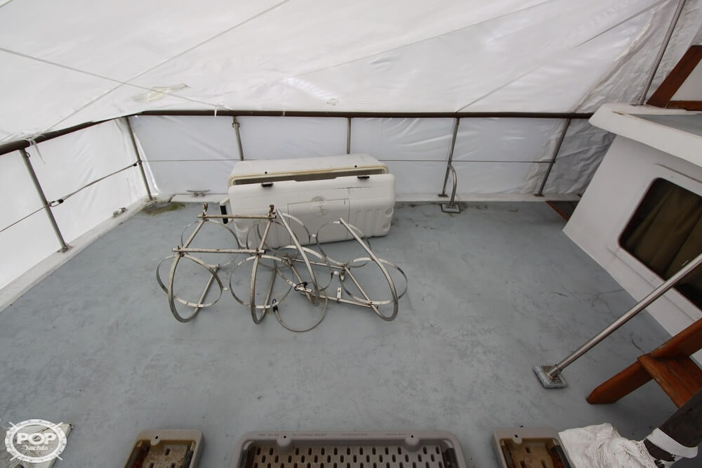 1982 Yehasso boat for sale, model of the boat is Adams 42 & Image # 13 of 40