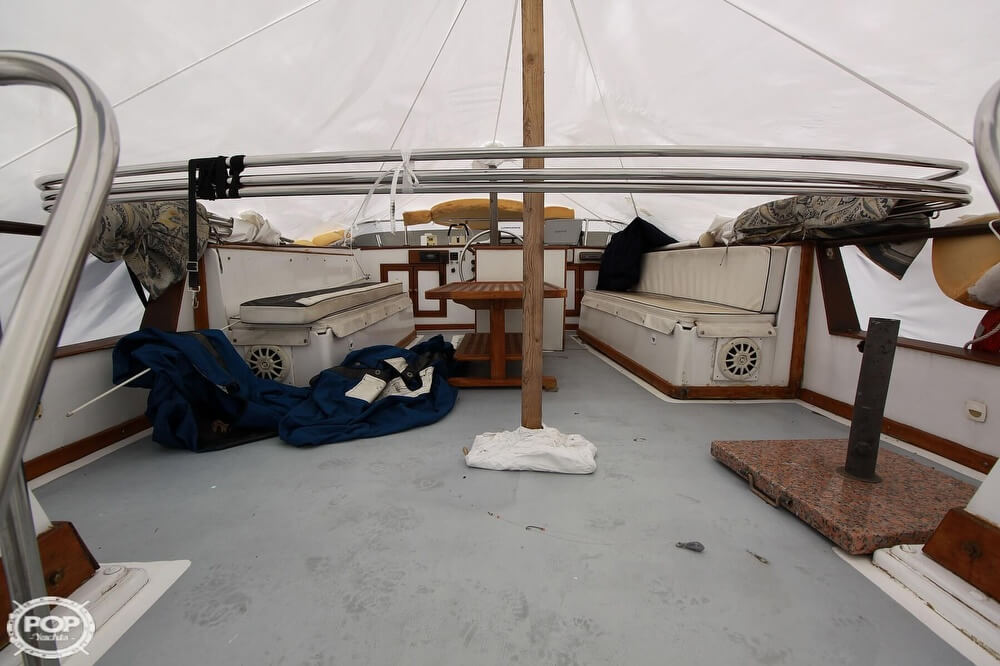 1982 Yehasso boat for sale, model of the boat is Adams 42 & Image # 15 of 40