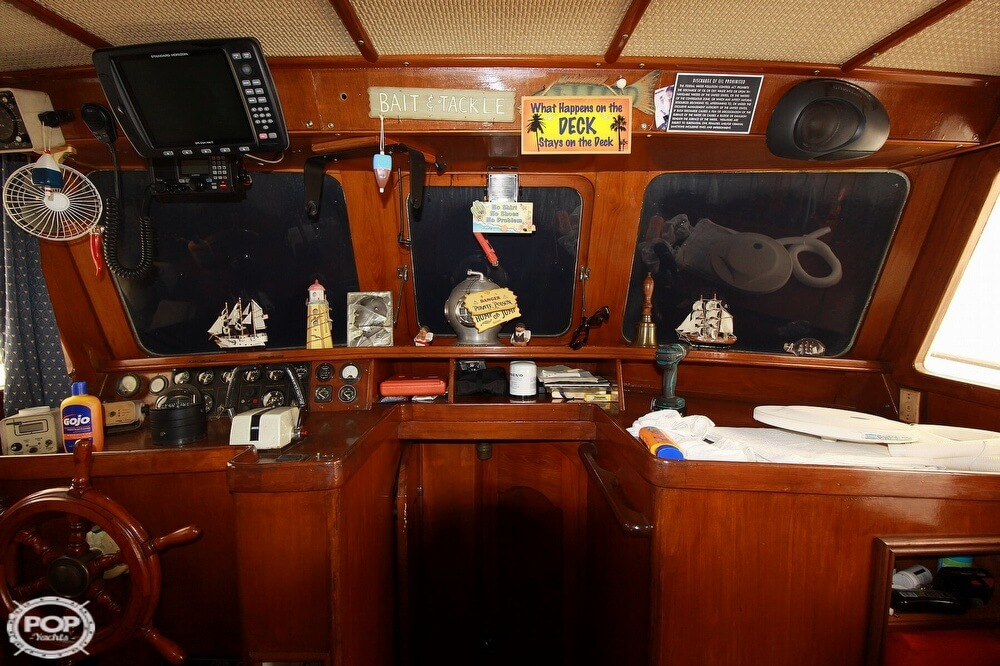 1982 Yehasso boat for sale, model of the boat is Adams 42 & Image # 38 of 40