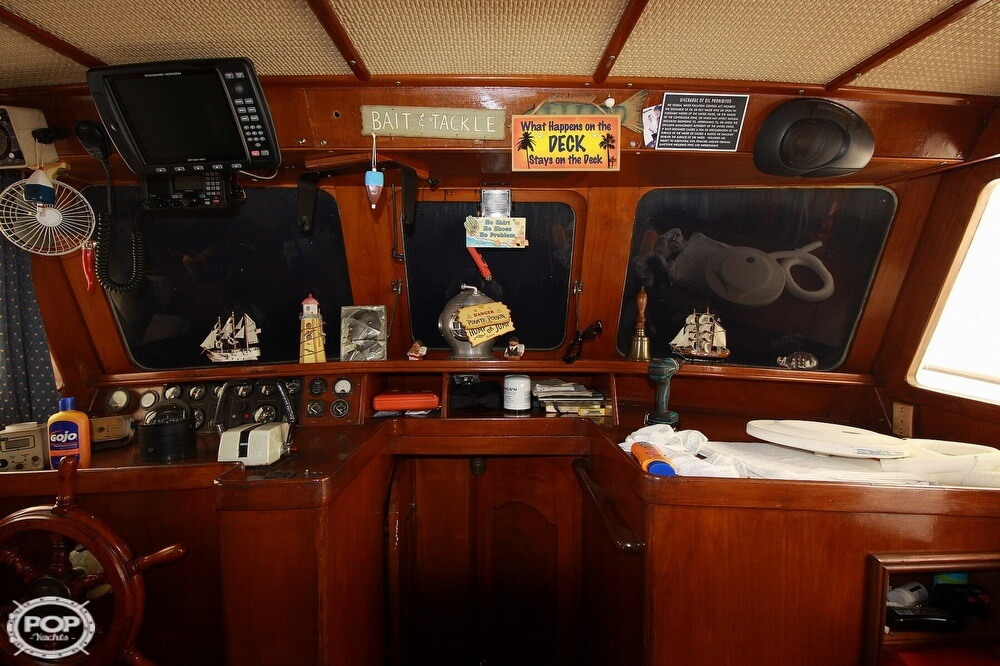1982 Yehasso boat for sale, model of the boat is Adams 42 & Image # 39 of 40