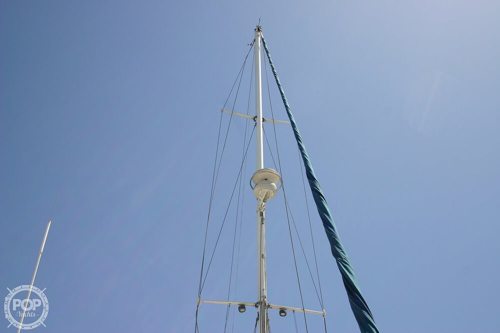 1982 Catalina Yachts boat for sale, model of the boat is 38 & Image # 5 of 40