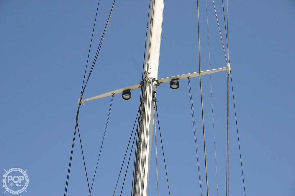 1982 Catalina Yachts boat for sale, model of the boat is 38 & Image # 6 of 40