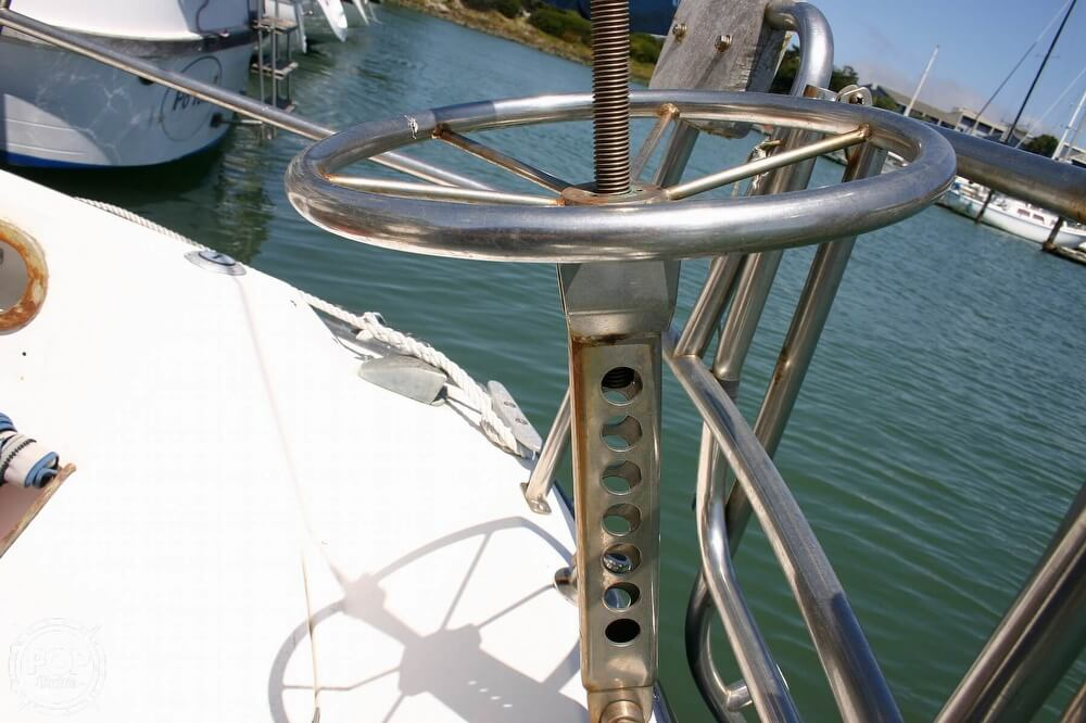 1982 Catalina Yachts boat for sale, model of the boat is 38 & Image # 36 of 40