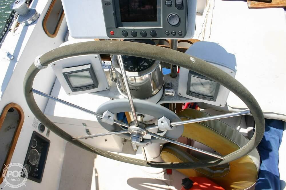 1982 Catalina Yachts boat for sale, model of the boat is 38 & Image # 40 of 40