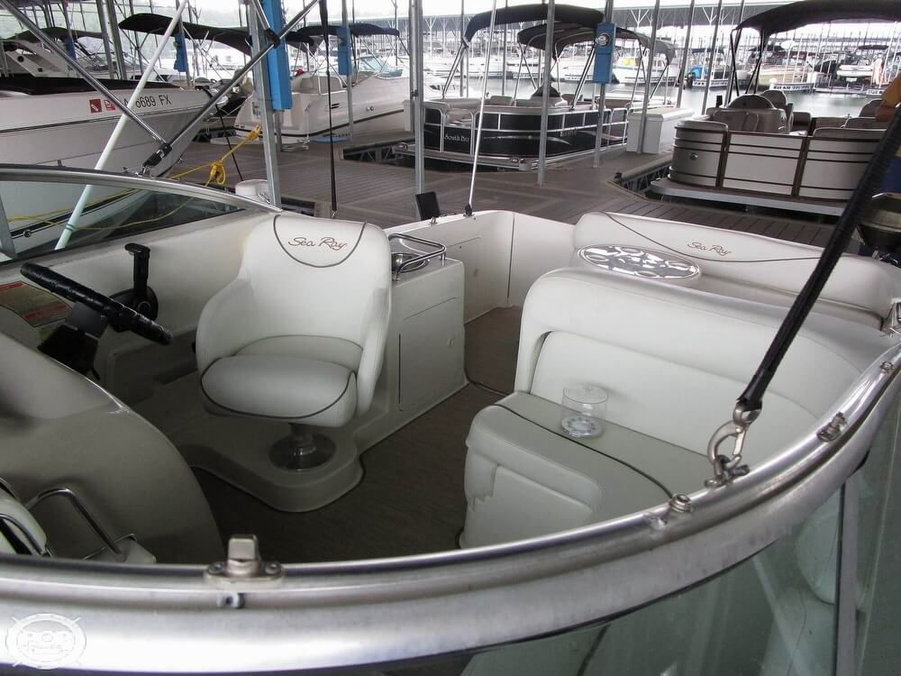 1999 Sea Ray boat for sale, model of the boat is 260 Sundancer & Image # 9 of 41
