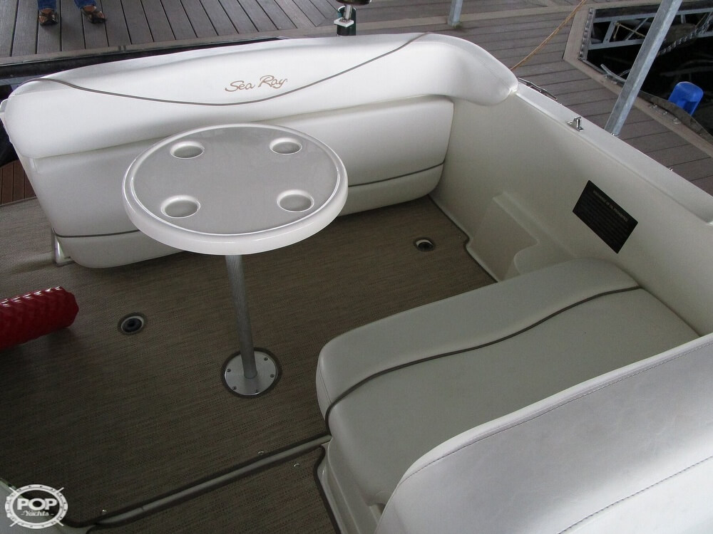 1999 Sea Ray boat for sale, model of the boat is 260 Sundancer & Image # 28 of 41
