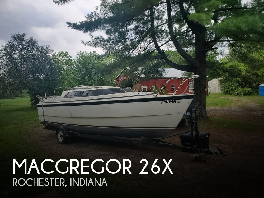 Used Boats For Sale in Fort Wayne, Indiana by owner | 2000 MacGregor 26