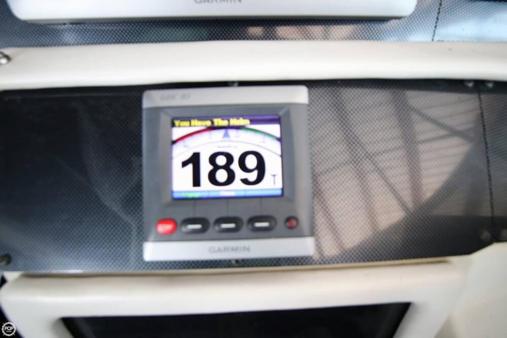1995 Sea Ray 440 - image 11