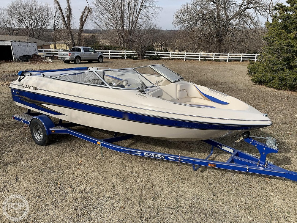 2003 Glastron boat for sale, model of the boat is GX 205 & Image # 12 of 40