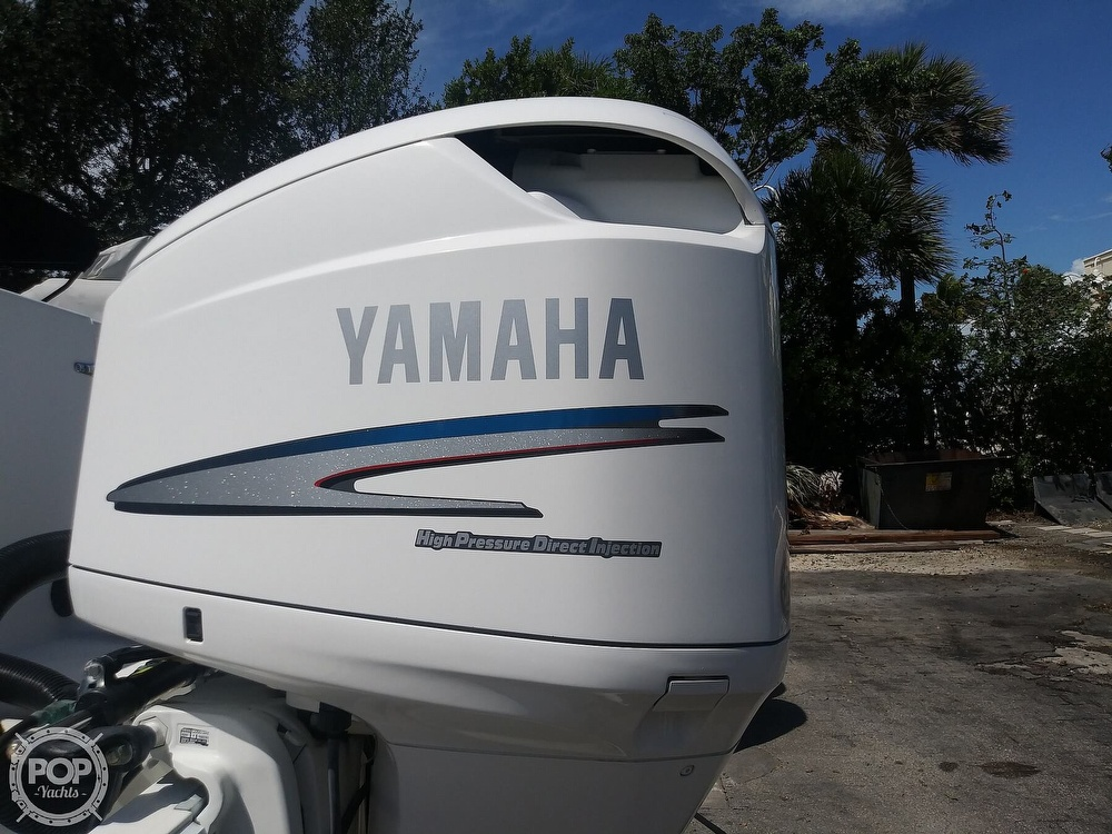 1995 Contender boat for sale, model of the boat is 35 & Image # 15 of 40