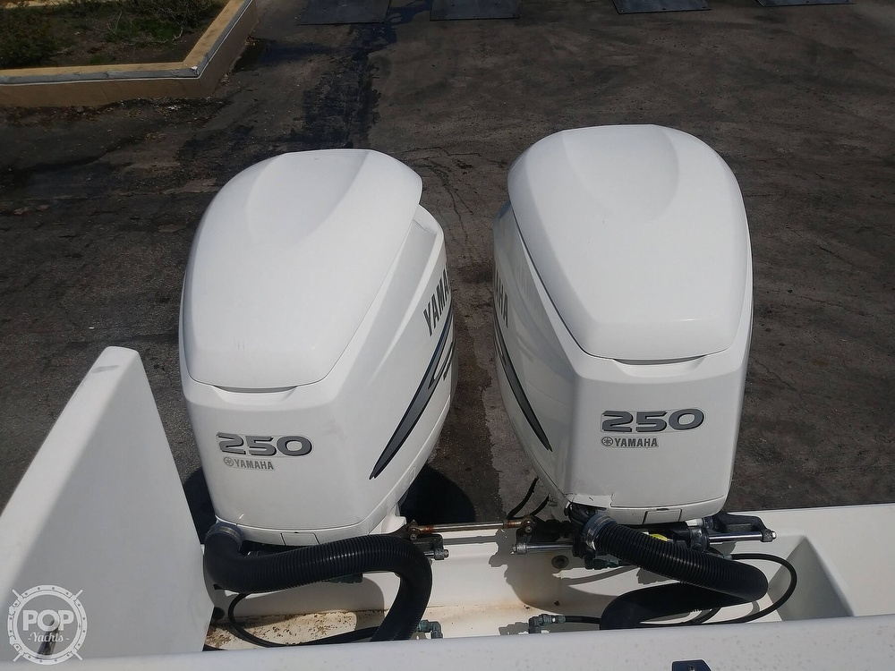1995 Contender boat for sale, model of the boat is 35 & Image # 20 of 40