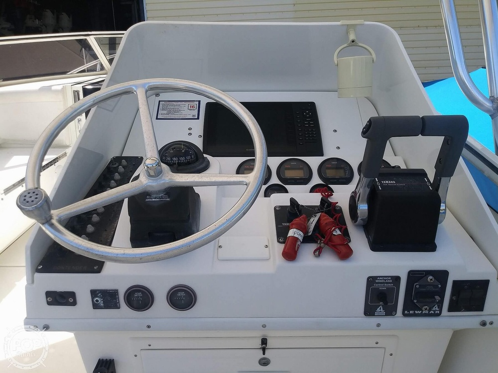 1995 Contender boat for sale, model of the boat is 35 & Image # 34 of 40