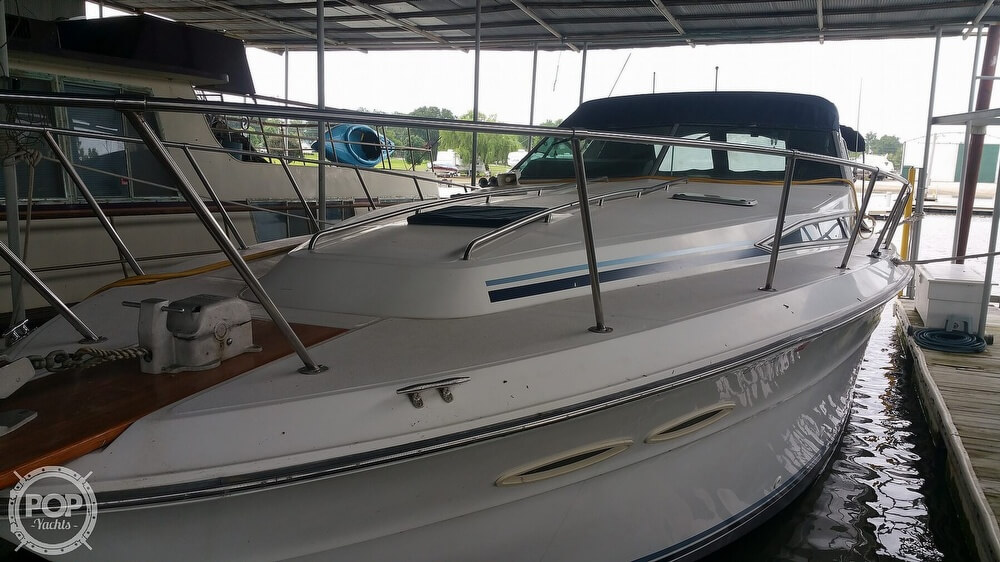 1988 Sea Ray boat for sale, model of the boat is 390 Express & Image # 16 of 41