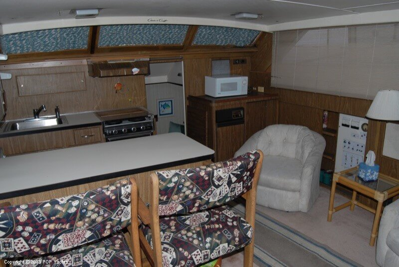 1972 Chris Craft boat for sale, model of the boat is 47 Commander & Image # 18 of 40