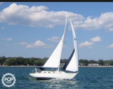 Bristol 32, 32, for sale - $18,000