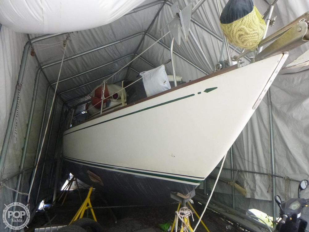 1977 Bristol boat for sale, model of the boat is 32 & Image # 7 of 40