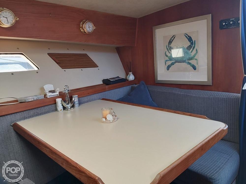 1986 Trojan boat for sale, model of the boat is F-32 Flybridge & Image # 5 of 40