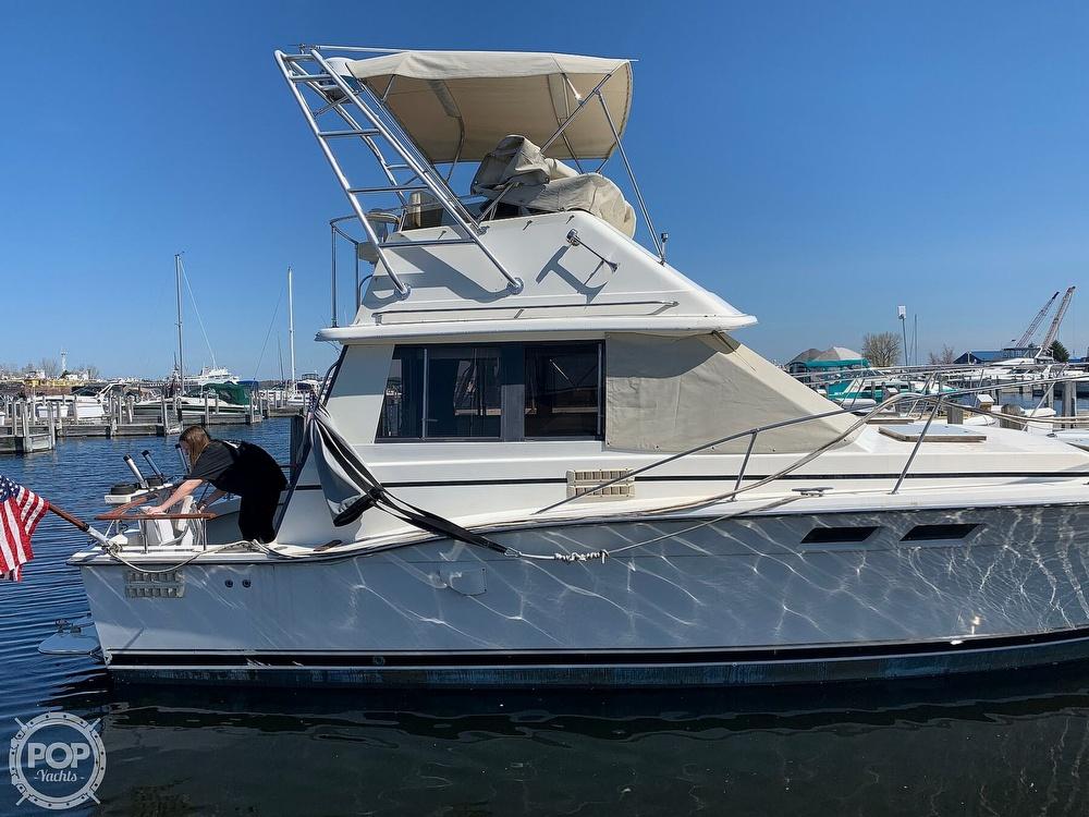 1986 Trojan boat for sale, model of the boat is F-32 Flybridge & Image # 7 of 40
