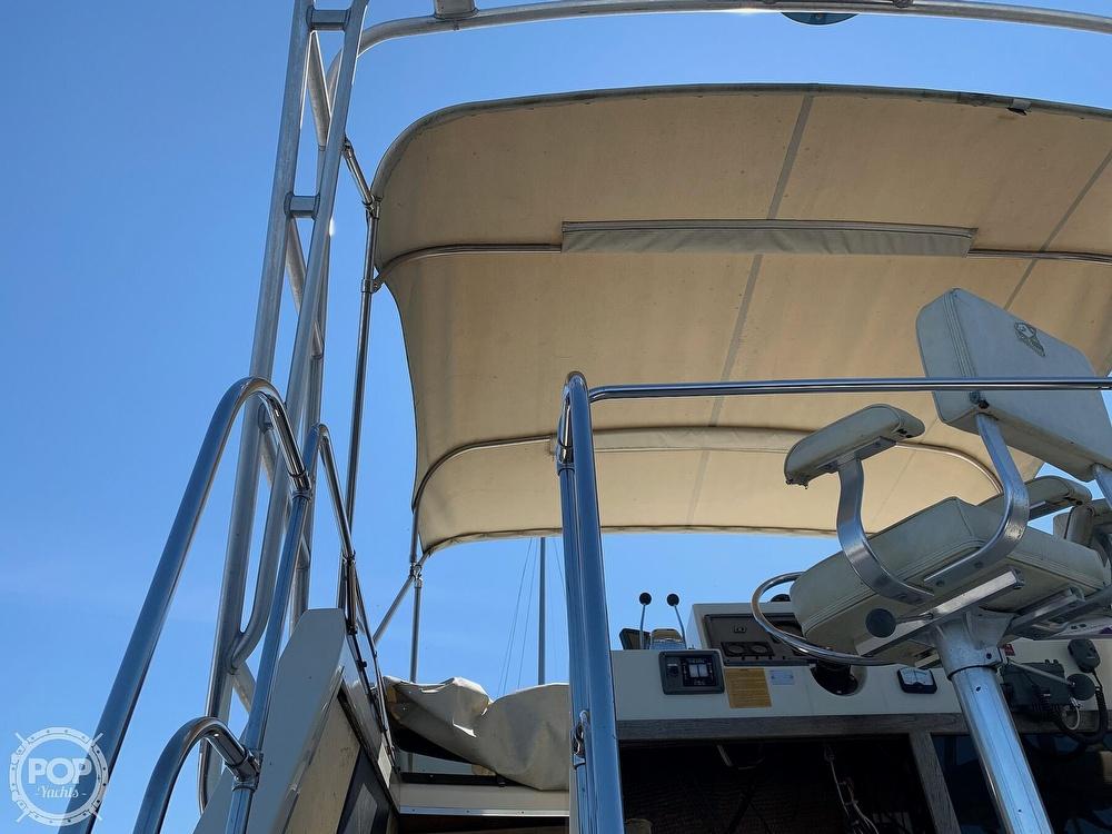 1986 Trojan boat for sale, model of the boat is F-32 Flybridge & Image # 27 of 40