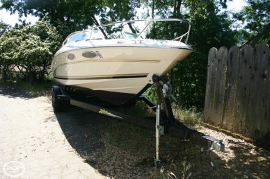 Sea Ray 230 Overnighter, 22', for sale - $18,750