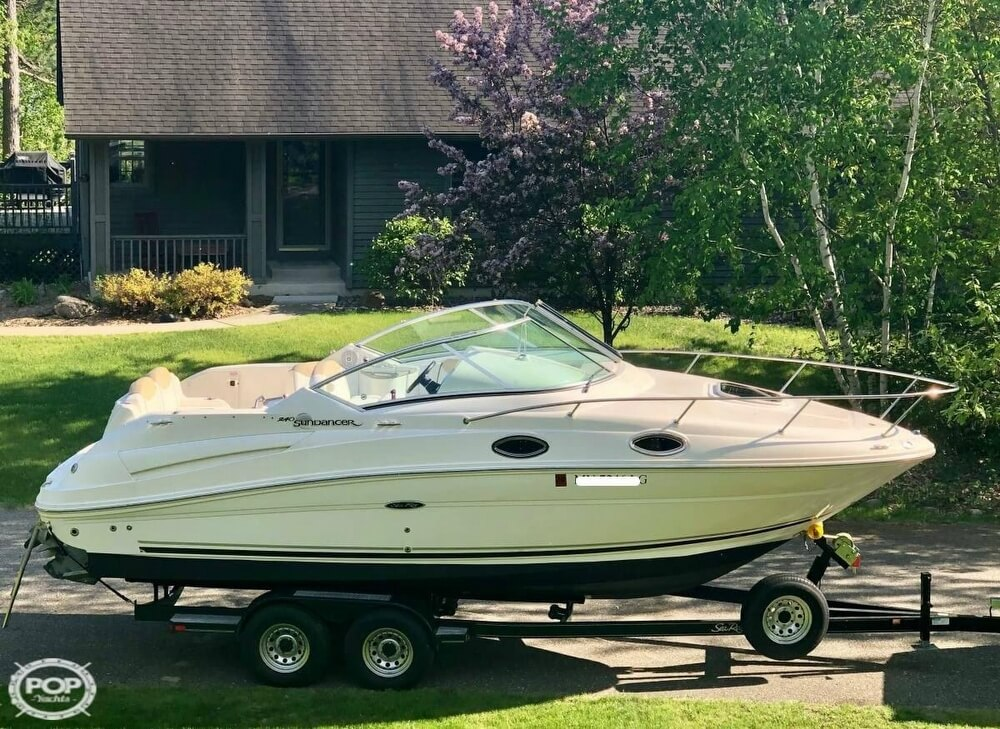 2008 Sea Ray boat for sale, model of the boat is 240 Sundancer & Image # 4 of 20