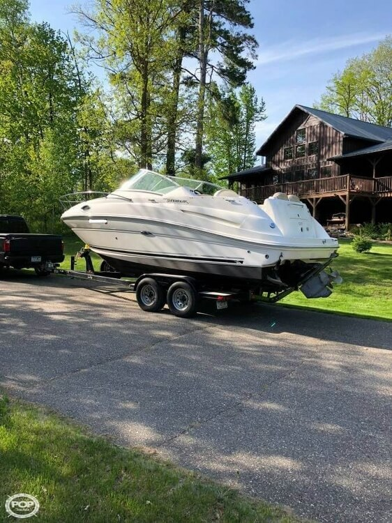 2008 Sea Ray boat for sale, model of the boat is 240 Sundancer & Image # 2 of 20