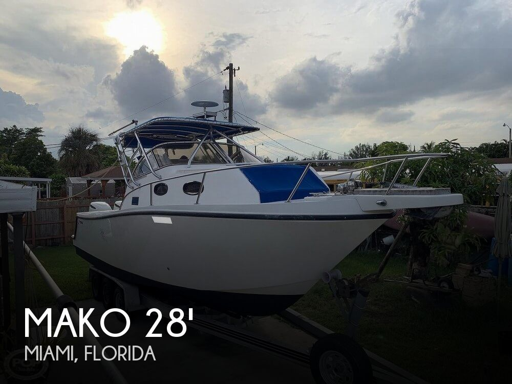 1994 Mako boat for sale, model of the boat is 263 Deluxe Walkaround & Image # 1 of 40