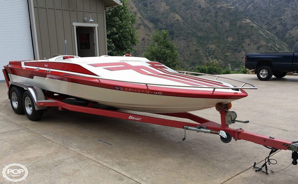 1987 Hallett boat for sale, model of the boat is Super-Sport 20 & Image # 9 of 40