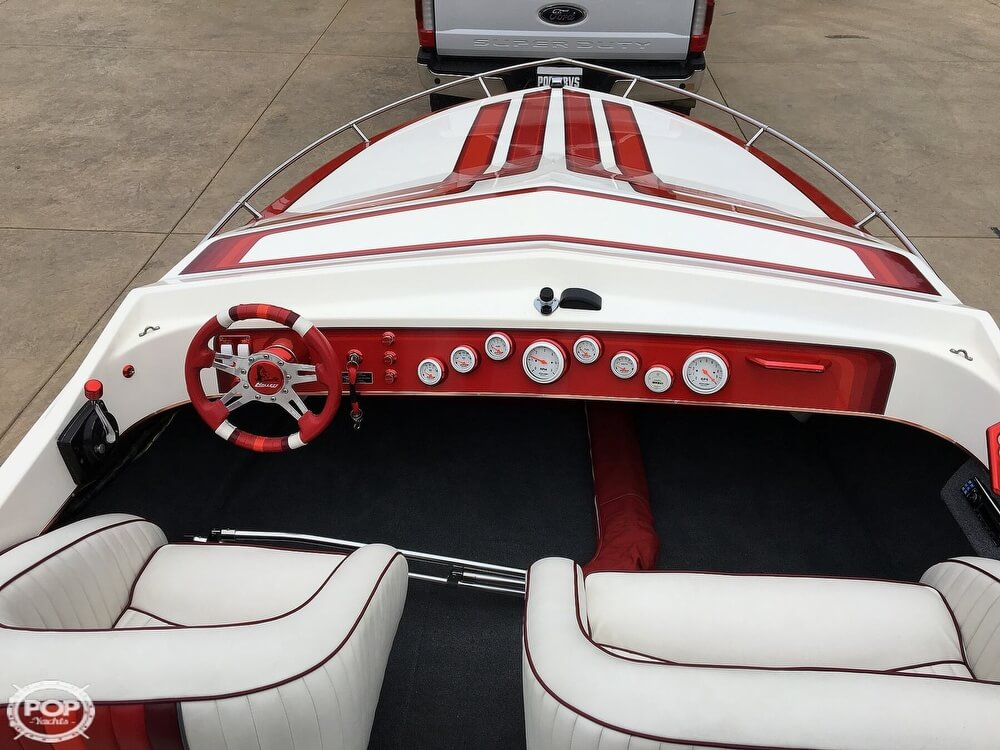 1987 Hallett boat for sale, model of the boat is Super-Sport 20 & Image # 11 of 40