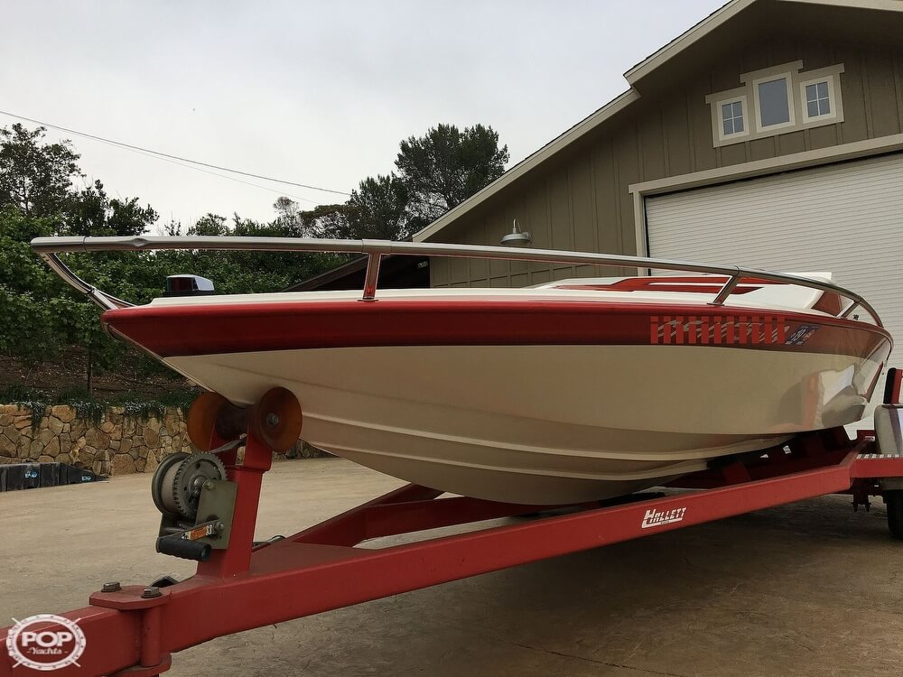 1987 Hallett boat for sale, model of the boat is Super-Sport 20 & Image # 17 of 40