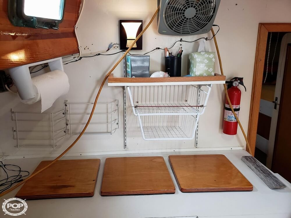 2006 Bruce Roberts boat for sale, model of the boat is Spray 40 & Image # 39 of 40