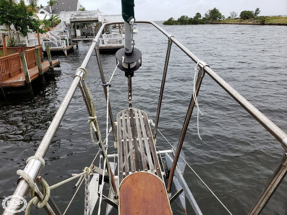 2006 Bruce Roberts boat for sale, model of the boat is Spray 40 & Image # 10 of 40