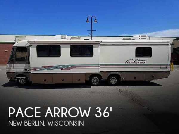 1997 Fleetwood Pace Arrow 36