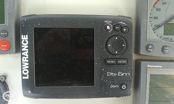2004 Beneteau 43 - image 11