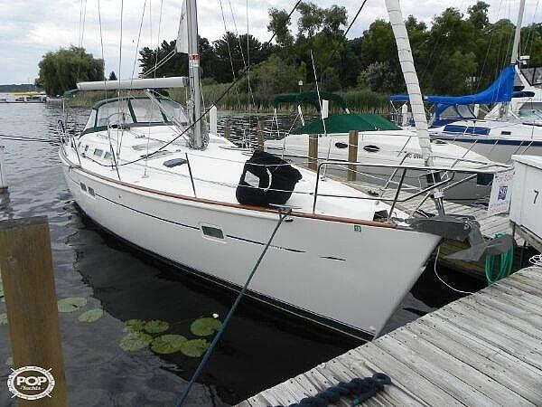 2004 Beneteau 43 - image 29