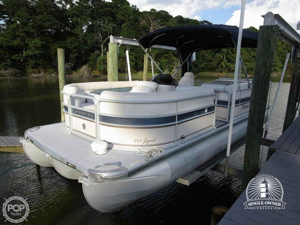 2007 Premier Pontoons boat for sale, model of the boat is Legend 225 PTX & Image # 2 of 41