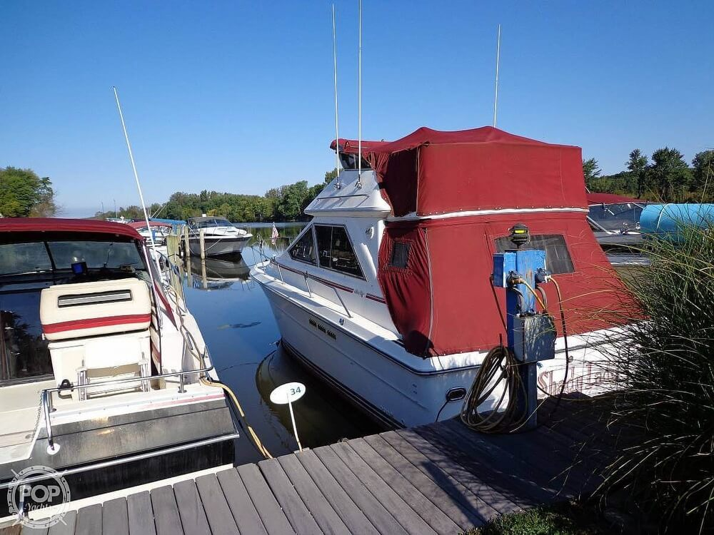 1989 Sea Ray boat for sale, model of the boat is 340 SDB & Image # 4 of 40