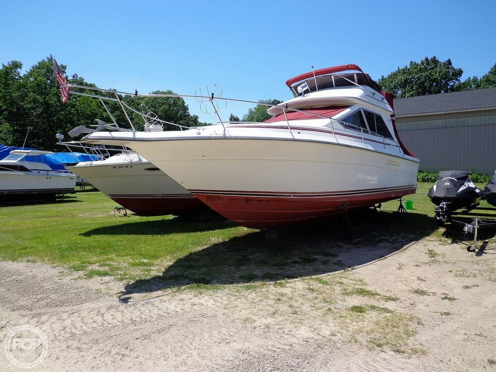 1989 Sea Ray boat for sale, model of the boat is 340 SDB & Image # 34 of 40