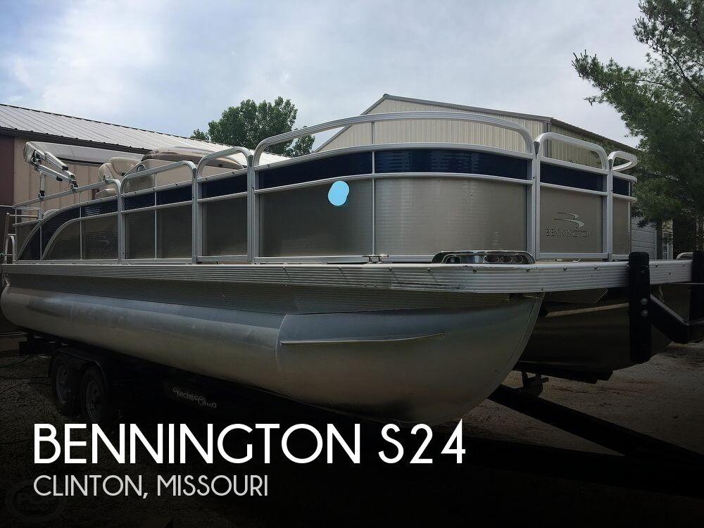 Used Pontoon Boats For Sale in Missouri by owner | 2015 Bennington 22